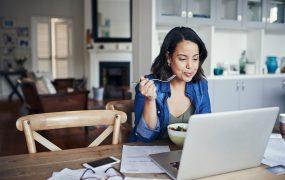 4 dicas para manter uma alimentação balanceada no home office